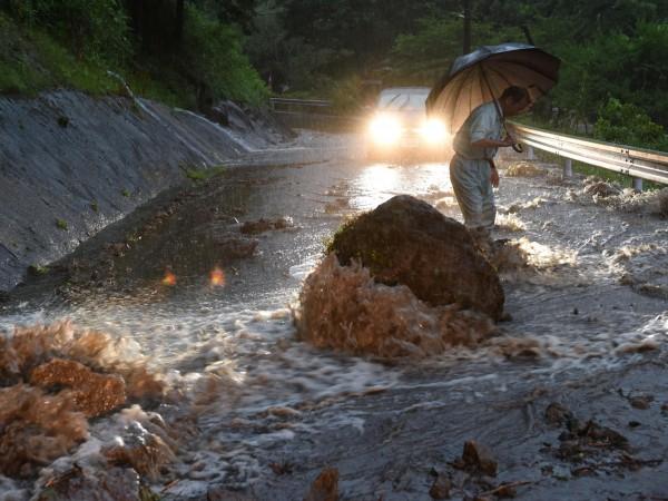 Броят на загиналите при наводненията от миналата седмица в Югозападна