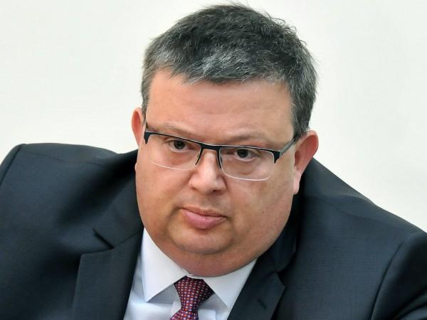 Главният прокурор Сотир Цацаров се е самосезирал по медийни публикации