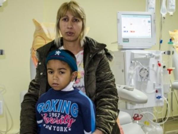 Бабата на малкия Байрям - Селима Али, увери, че лекарите