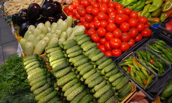 Време за плодове и зеленчуци – хем полезни, хем по-евтини
