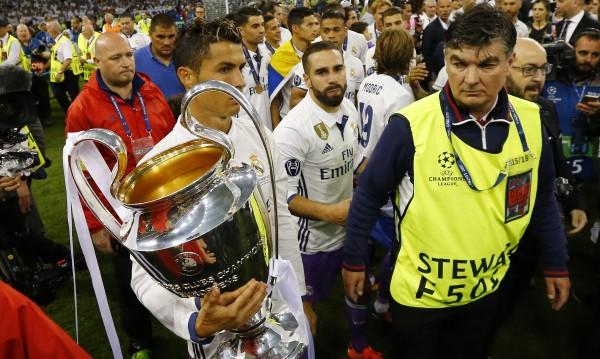 Роналдо няма да отиде до Скопиe
