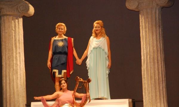 Орфей и Евридика – сред Римските терми във Варна