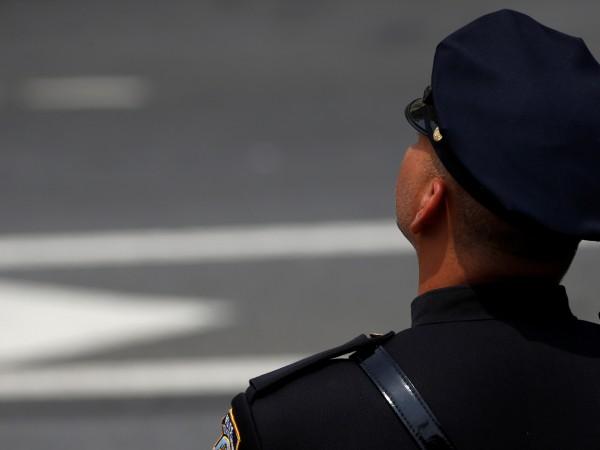 Австралия осъмна днес шокирана от новината за полицейското убийство погрешка