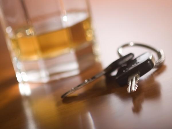 Шофьорът с над 4 промила алкохол отново бе хванат да