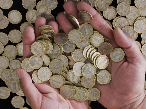 Заплата не по-ниска от 1143 лева трябва да получава всеки