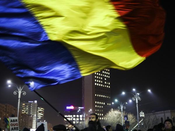 Румъния върви по стъпките на Гърция след само половин година