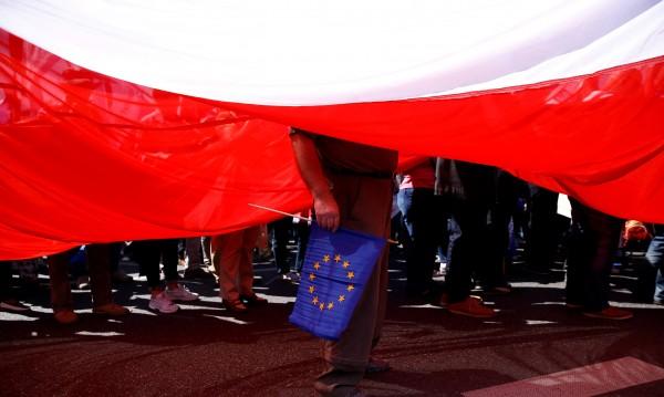 Ще се разделят ли пътищата на Полша и Брюксел?
