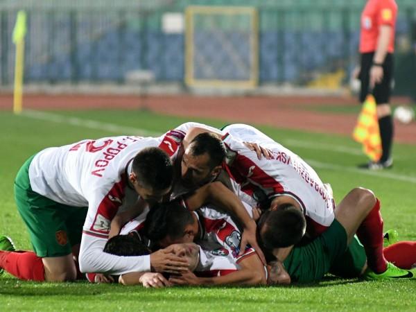 Националният отбор на България по футбол напредна с две места