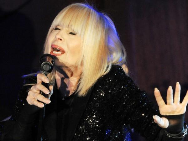 Примата на българската естрада Лили Иванова се разплака на концерта
