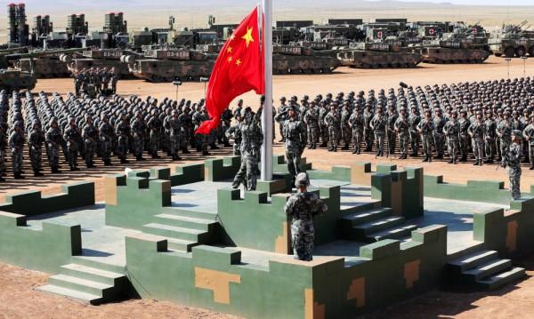 Бесен и тревожен, Китай наблюдава отстрани кризата с КНДР