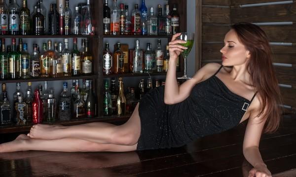"""Алкохол, енергийни напитки...  """"Забранени"""" преди секс!"""