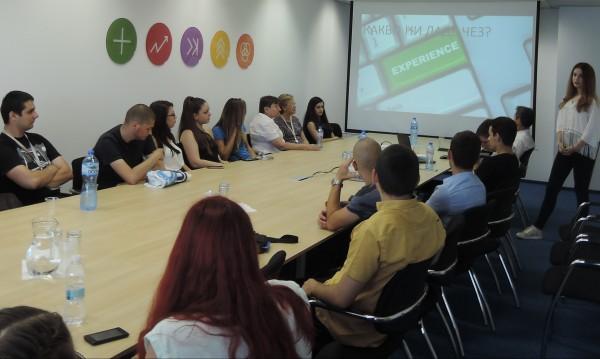Над 120 ученици и студенти в лятната стажантска програма на ЧЕЗ