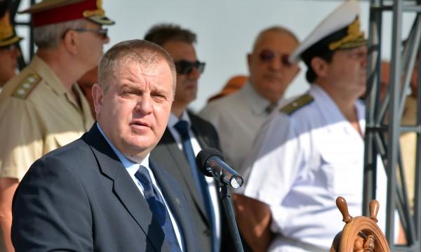 За военните фрегати - 90 млн.лв., може и от бюджета за 2018 г.