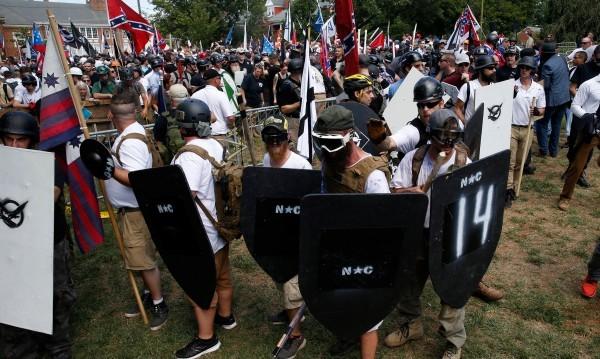 След насилието в Шарлотсвил: Упреци срещу Доналд Тръмп