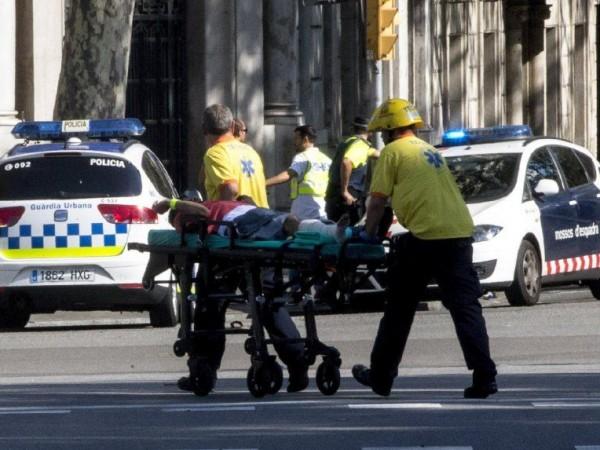 Снимка: Кървавото лице на терора в красива Барселона
