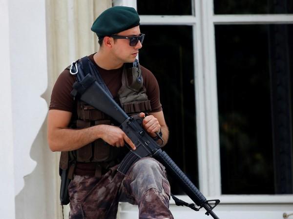 Снимка: Турция спря атака, която щяла да окървави Истанбул