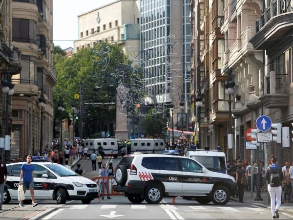 Петнадесет станаха жертвите на терористичните нападения в Каталуния, извършени миналия