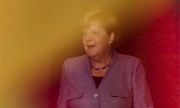 2 седмици преди вота: Меркел е пред социалдемократите