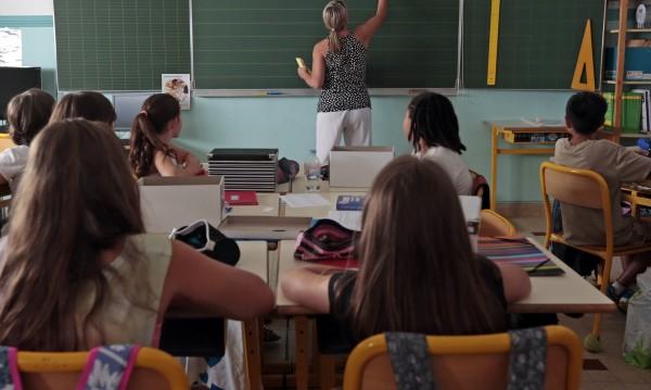 Вълчев: Много деца не знаят български и след училище
