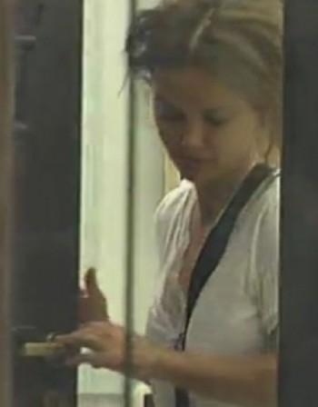 Маски долу: Мария лъсна без грим във VIP Brother