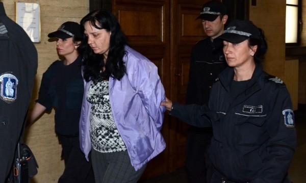Доказателствата сочат – Ковачева е виновна за побоя над малката Никол