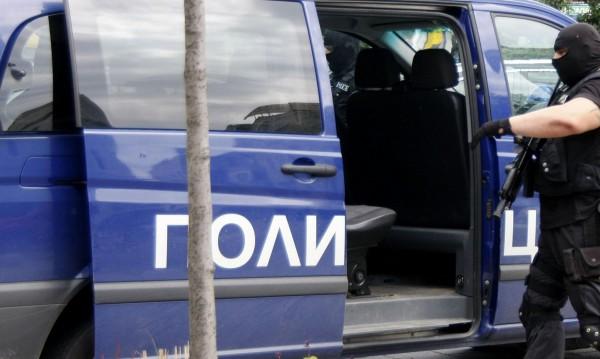 ГДБОП задържа трима, разпространявали детско порно