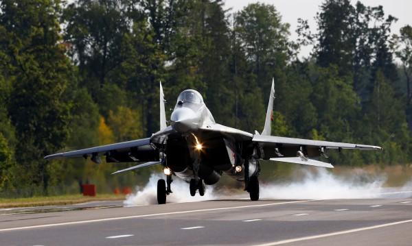 Русия прати 4 от най-новите МиГ-ове на бойното поле в Сирия