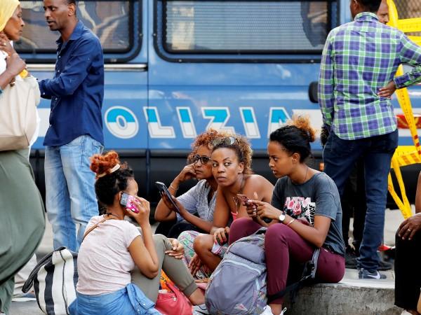 Обвиненията в изнасилване, насочени срещу чужденци, подклаждат антиимигрантските настроения в