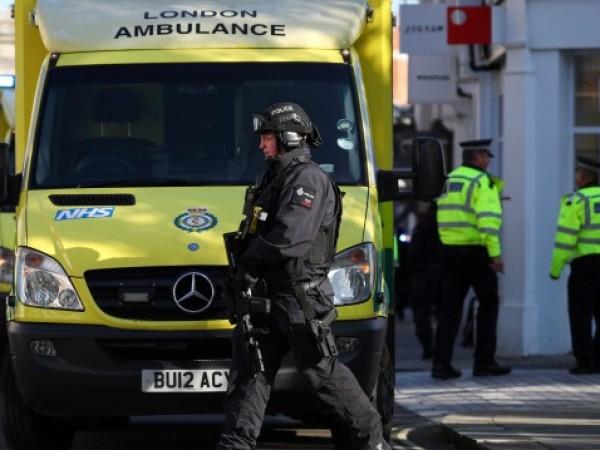 Британските власти съобщиха, че броят на хората, постъпили за лечение