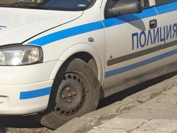 Банда хулигани бие и граби беззащитни хора в София. Двама