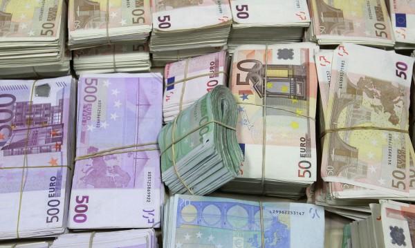НАП: 1289 фирми държат в касите си над 1 млн. в брой