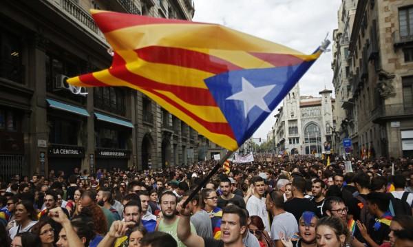 Може ли Каталуния наистина да се отцепи от Испания?