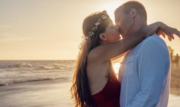 Мастурбацията не е само за мъжете! Секс правила за жени