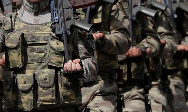 Турски командоси са влезли в сирийския град Идлиб