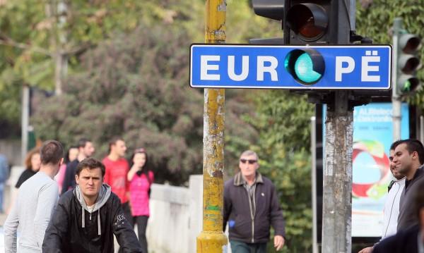 Българите в Албания: И се пее, и се плаче на български!