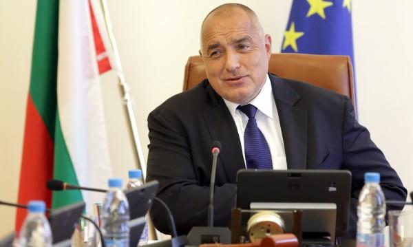 Борисов към Нинова: Да сме в НАТО, а да не участваме в учения ли?!