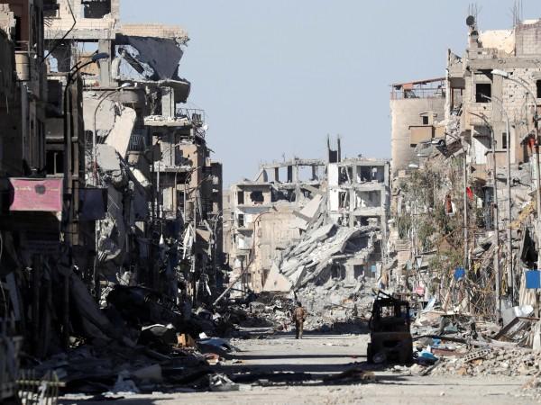 """Разгромът на """"Ислямска държава"""" в де факто столицата й Ракка"""
