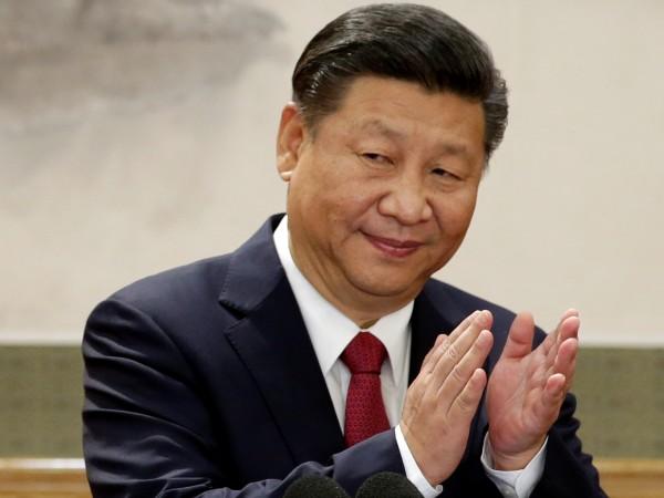 Китайският президент Си Цзинпин обяви днес новия състав на най-висшия