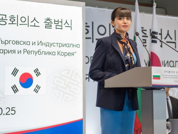 България е интересна географски и икономически за корейския бизнес. Гиганти