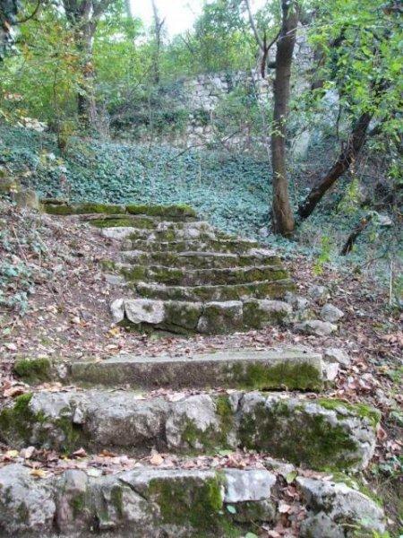 Стълбите към Рушидовата къща