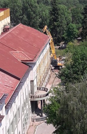 Събарят сградите на София-БТ